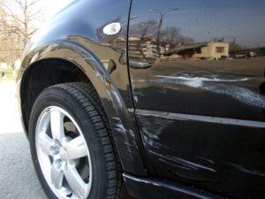 Удаление царапин на автомобиле
